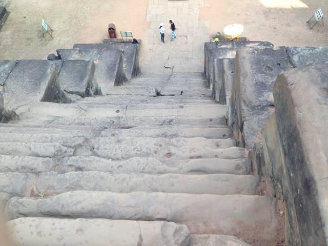 タケウの階段