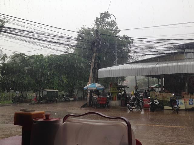 カンボジアの雨季
