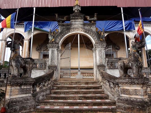 ワット・ボー寺院、年季の入った建造物