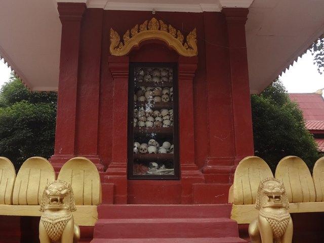 ワット・トメイ寺院(キリングフィールド)