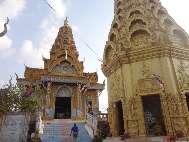 ワット・サンポウ寺院