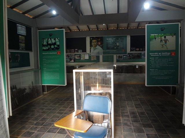 アキラ地雷博物館の中のパネルや資料
