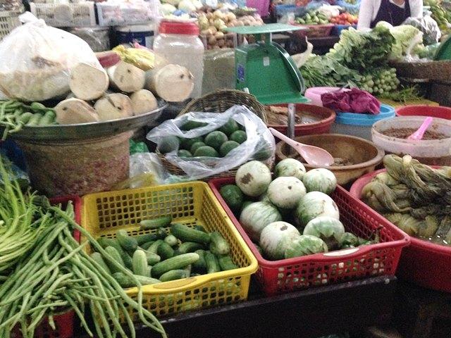オールドマーケットの野菜売り場