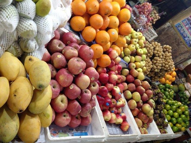 オールドマーケットの果物屋