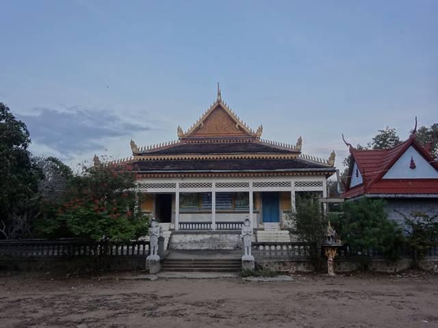 プノンクロムの山頂の寺院