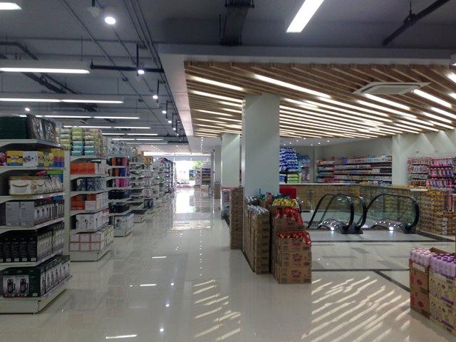 新しいアンコールマーケットの2階
