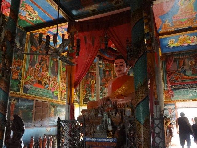 コンポンプルックにあったお寺