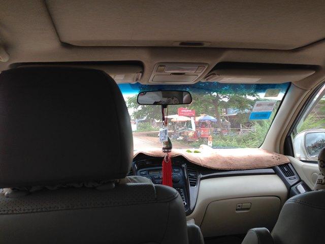シェムリアップまでの乗り合いタクシーの車内