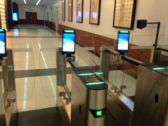 シェムリアップ空港の新しい機械