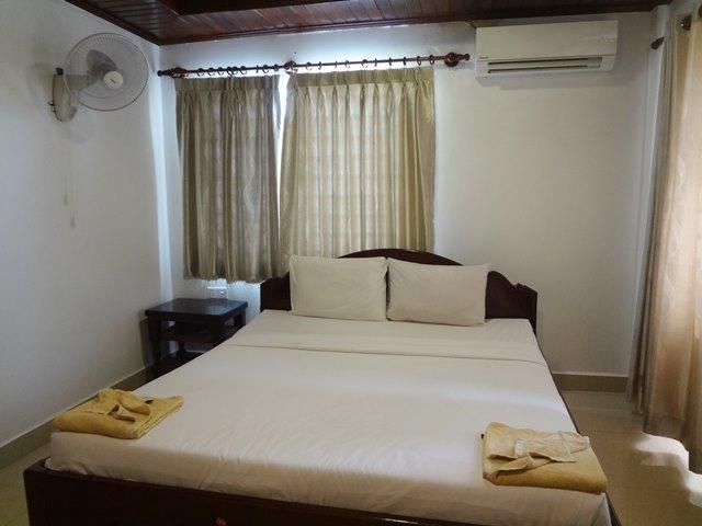 宿泊したホテル「Chhouk Tep Guest House」の部屋