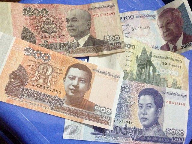 カンボジアの通貨リエルのお札