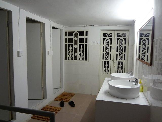 クロマーヤマトゲストハウス・プノンペンのバスルーム