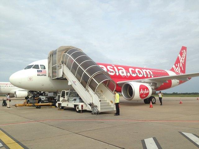 エアアジアで格安航空券を予約する