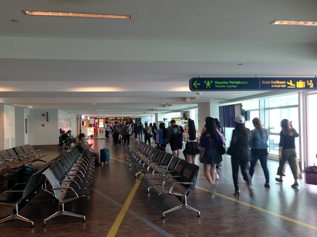 クアラルンプール空港での乗り継ぎ