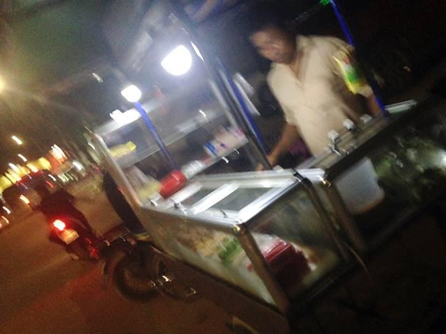 カンボジアの移動屋台