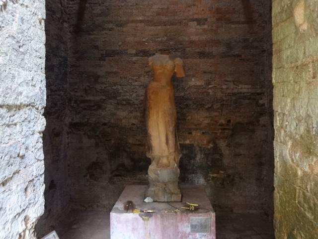 女神ドゥルガーの像