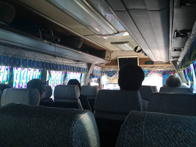 カンポット行きのバスの車内