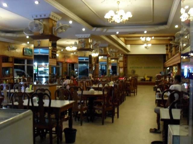 ARUNRAS HOTELのレストラン