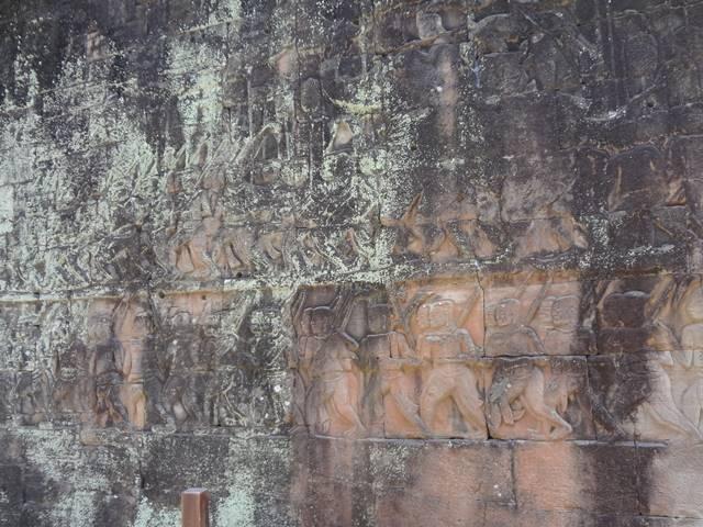 バイヨン寺院の西面のレリーフ