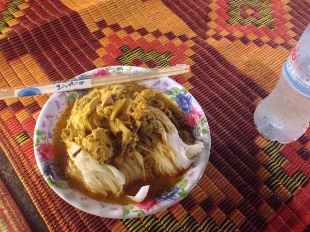 プノンペンのナイトマーケットで食べたカンボジアン・ヌードル