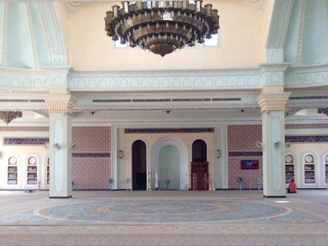 プノンペンのモスクの中