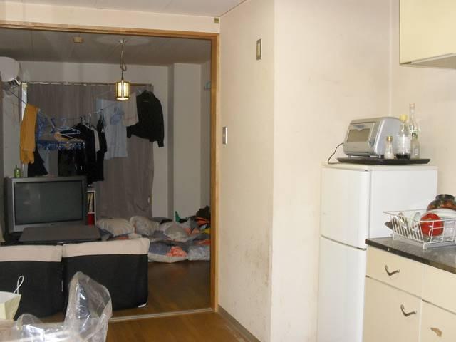 高級温泉旅館の寮の部屋