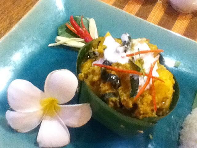 カンボジア料理「アモック」