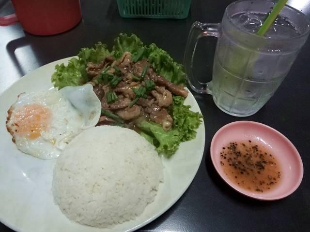 カンボジア料理の「ロックラック」②