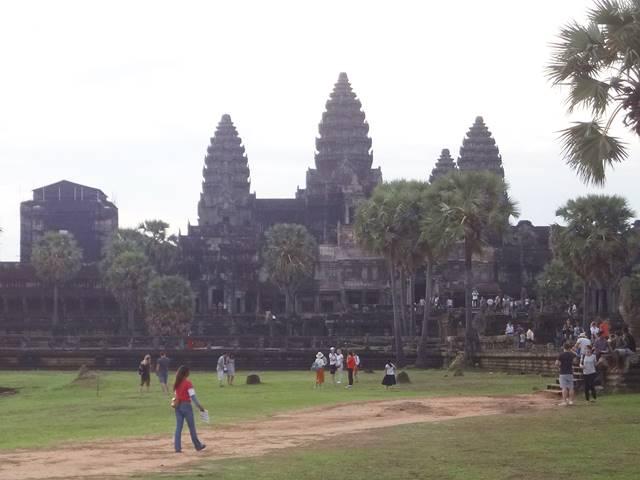 カンボジアへの一人旅はおすすめ!