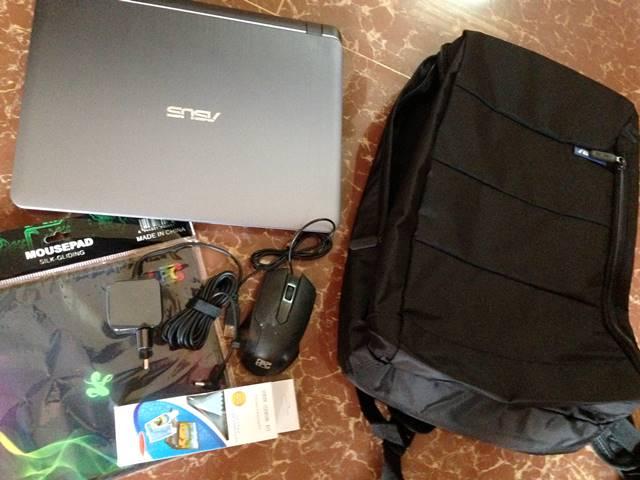 カンボジアで買ったパソコンと付属品