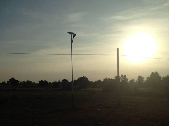 バンテアイチュマールへの行き道で見た朝日