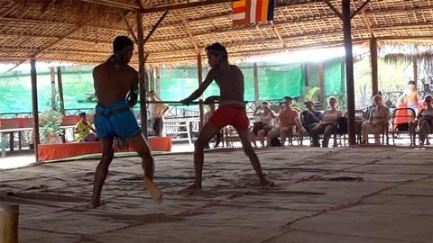 伝統格闘技「ボッカタオ」