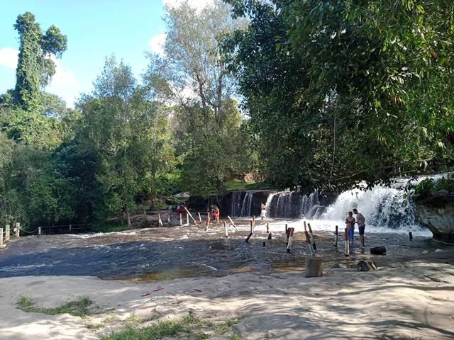 プノンクーレンの小さい方の滝