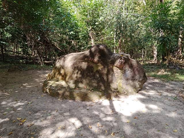 スラードムライの牛の像