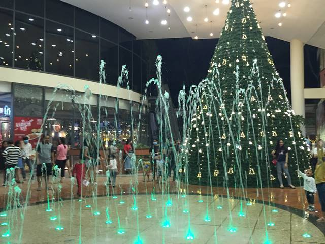 ヘリテージウォークのクリスマスツリー