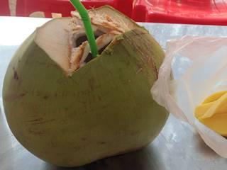 クメール語でココナッツ