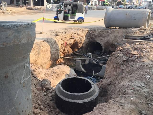 下水管埋め工事