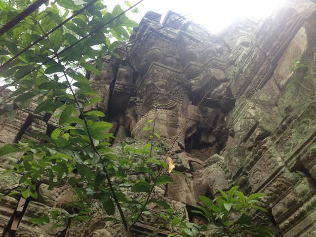 「大プリアカン」美しきガルーダと愛らしい象と顔を失くしたデバター達